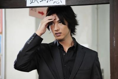 寒冷前線-2012-圭-新井裕介
