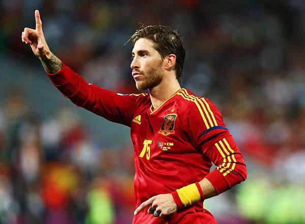 Euro2012-0627-四強-西葡-PK-Ramos-great1