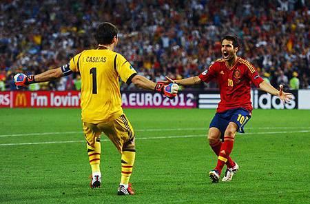 Euro2012-0627-四強-西葡PK勝瞬間-Iker-Cesc