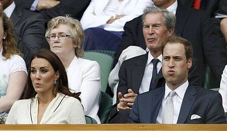 2012溫網-0704-重點在場邊-PrinceWilliam-CatherineKateDuchess_of_Cambridge-funnyface
