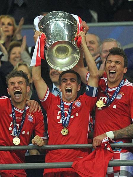 CLFinal-20130525-Bayern-win-舉杯瞬間3
