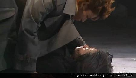 2003-HAMLET-shunFujiwara-k1b.jpg