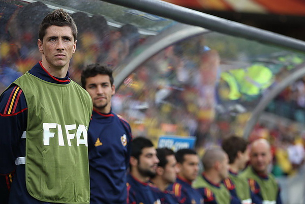 WC2010-0616-西班牙瑞士-Torres-等待3.jpg