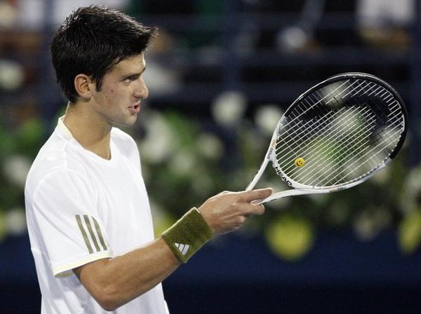 Djokovic-20090226-dubai-g1.jpg