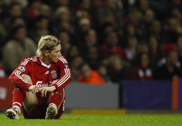 Liverpool-20090408-CL-Chelsea-輸球後Torres.jpg