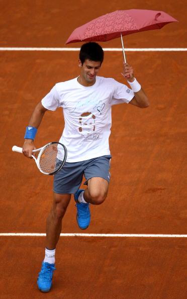 Djokovic-20090427-又在搞笑嗎1a.jpg