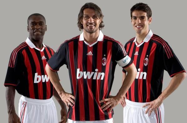 Milan-0910賽季球衣發表-20090521-maldini-kaka-seedorf.jpg