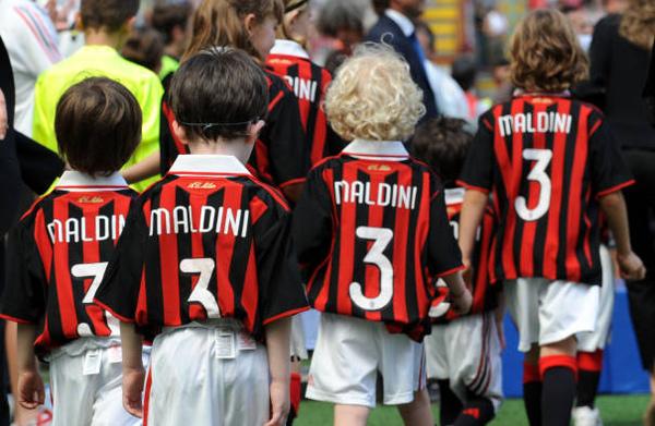 MaldiniDay-20090524- 小孩背影2.jpg