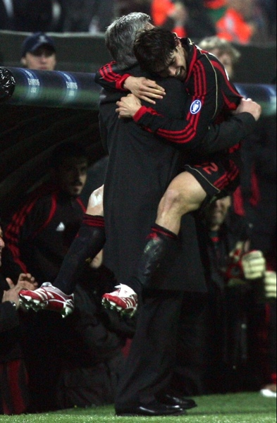 20070307CL-Celtic-Kaka好可愛-Ancelotti.jpg