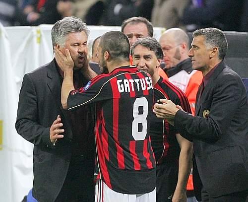 20070502-MU-Rino-Ancelotti搞笑.jpg