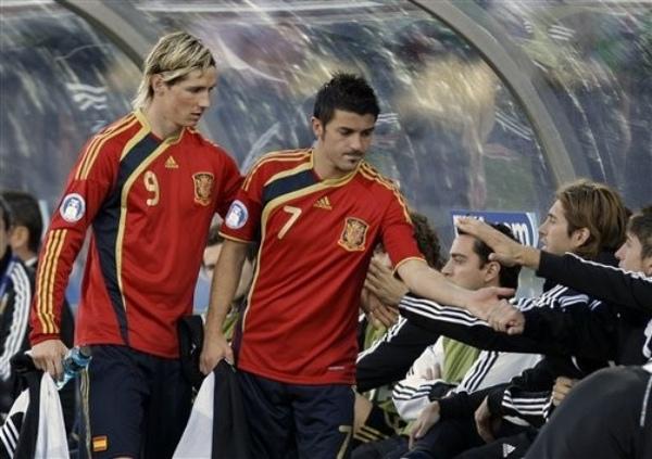 2009聯合會杯-0628-Torres-Villa同時被換下.jpg