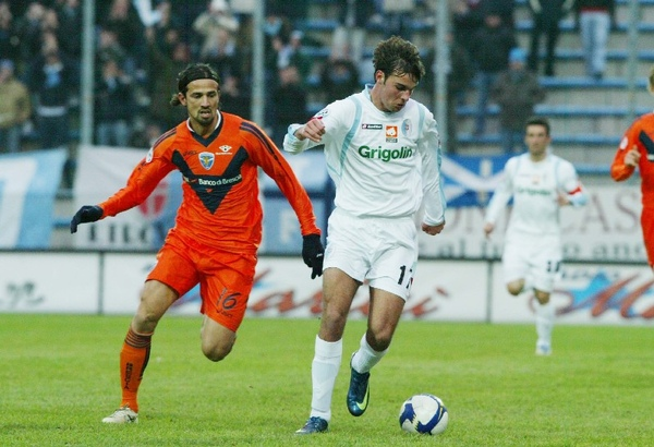 Milan-200906-新前鋒人選GianmarcoZigoni.jpg