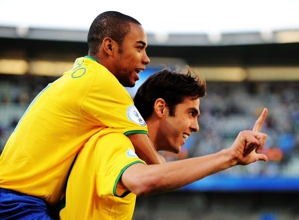 2009聯合會杯-0616-巴西-kakagoal-1.jpg
