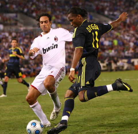 Milan-20090725-Chelsea-nesta-德羅巴.jpg