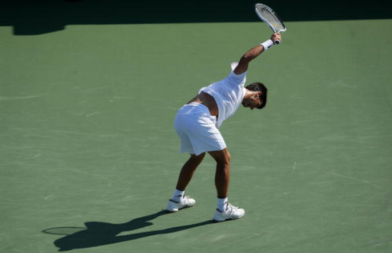 2009Cincinnati-0820-Djokovic摔拍.jpg
