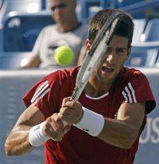 2009cincinnati-0821-八強-dojokovic-認真3.jpg