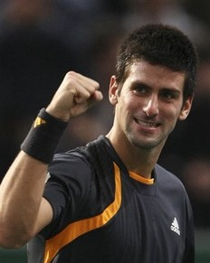 2009Paris-1114-Djokovic-Nadal-勝利好高興-1.jpg