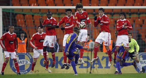 Aimar-20091202-Benfica-重點在10號.jpg