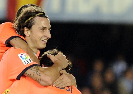 Barca-20091202-Ibra-Messi-歡慶-3.jpg
