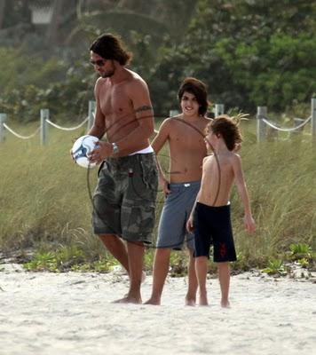 maldini-family-20091224-把拔足球課-小克小丹.jpg