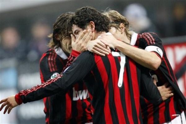 Milan-20100212-pato進球歡慶.jpg