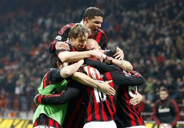 Milan-20100314-R28-進球抱抱.jpg