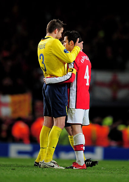 Arsenal-20100331CLB8-1-Barca-CescPique-大巨人小矮人變奏版L.jpg