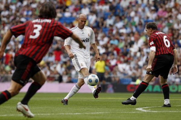 Milan-RM-20100530-Maldini-Baresi-Zidane感動.jpg