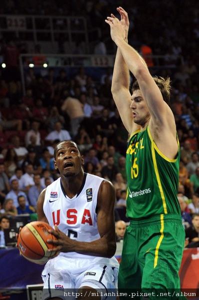 FIBA2010-巴西TiagoSplitter.jpg