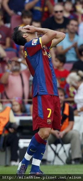 Barca-20100911-R02-主場輸球Villa.jpg