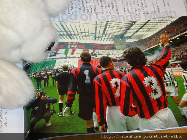Number-2011 重點在Maldini的背影