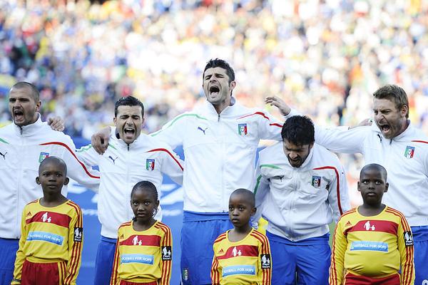 Italy-wc2010-0624-funny-國歌要這樣的唱.jpg