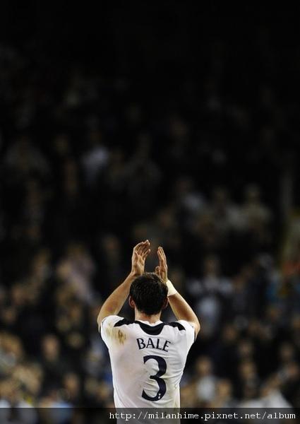 Hotspur-20101102-CLM4-GarethBale-背影3號.jpg