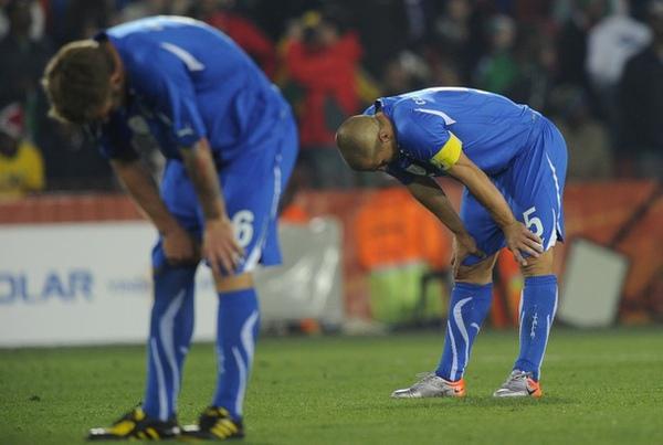 WC2010-義-0624-輸球後.jpg