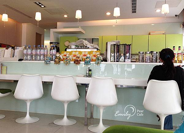 pearcafe-a-06.jpg