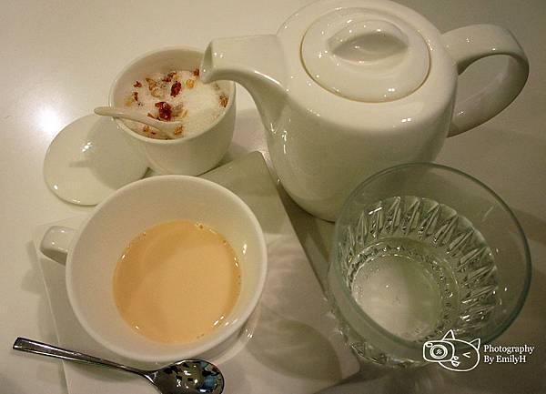 dazzling-cafe-11.jpg