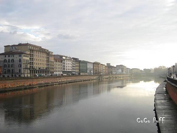 PISA 被雨洗禮後的比薩街景