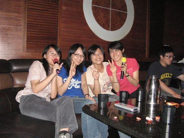 [2007.05.17] 慶功宴後的夜唱