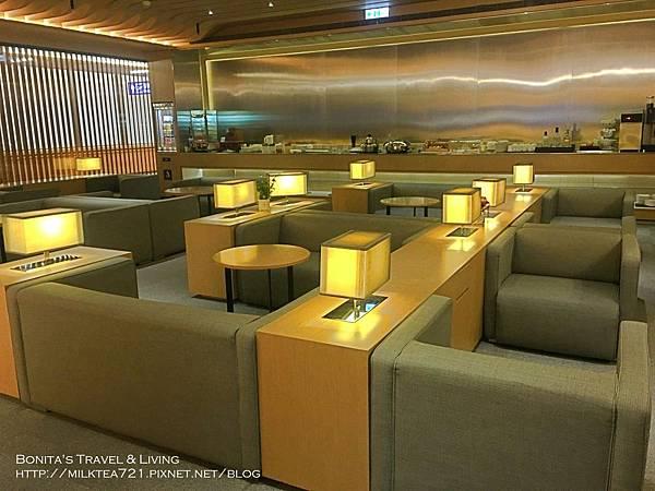 復興航空貴賓室4.jpg