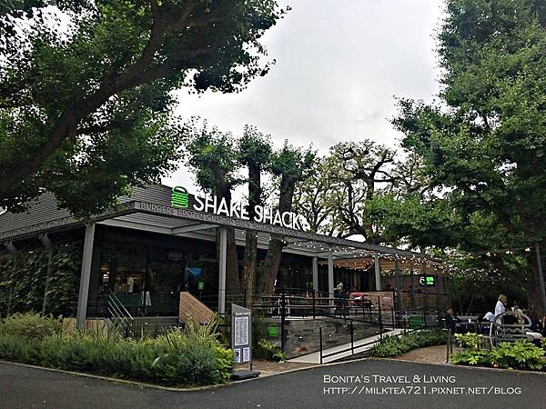 東京Shake Shack2.jpg