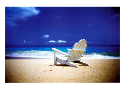 randy-faris-beach-chair-on-empty-beach.jpg