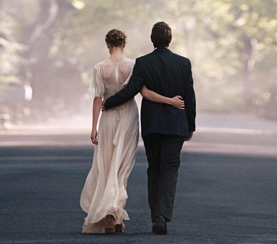 tiffany_wedding_dress
