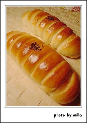 苗林行熱狗麵包