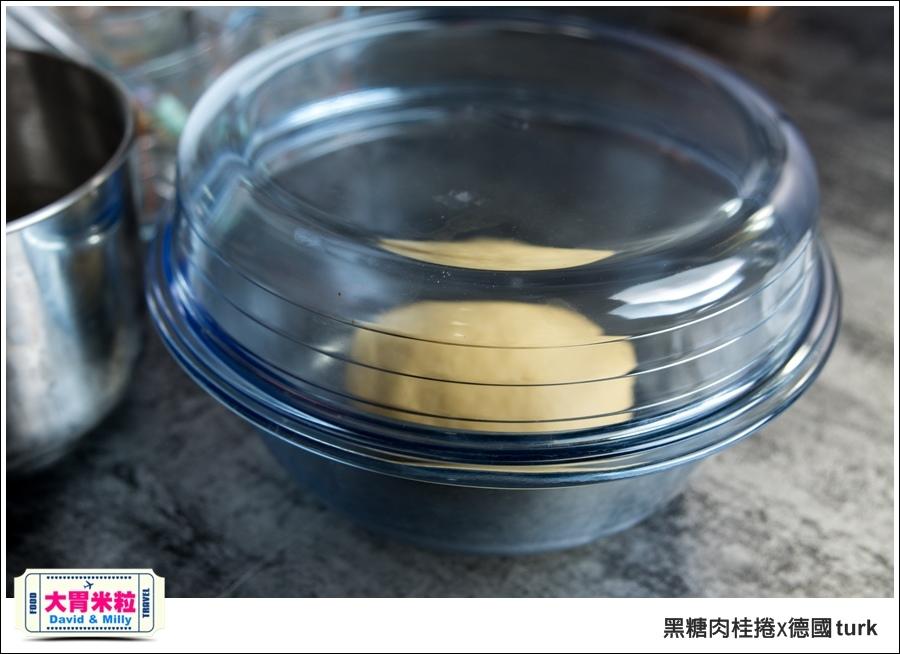 德國turk鍛造鐵鍋開鍋-肉桂捲食譜@大胃米粒_013.jpg