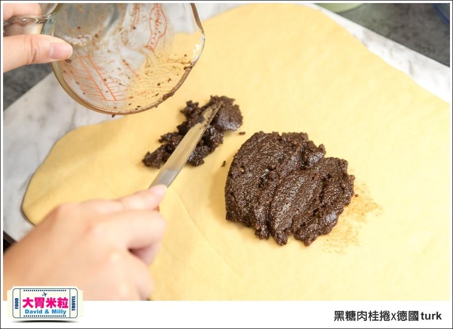 德國turk鍛造鐵鍋開鍋-肉桂捲食譜@大胃米粒_023.jpg