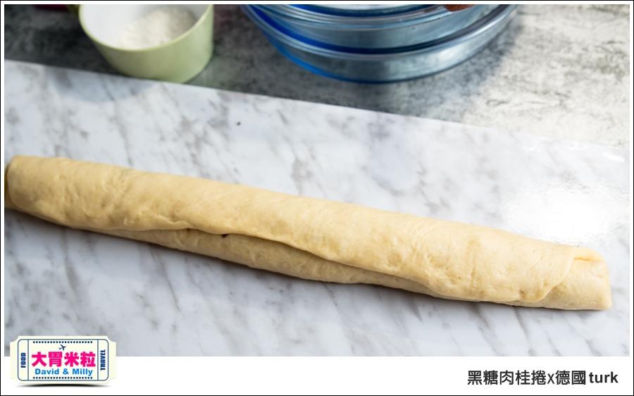 德國turk鍛造鐵鍋開鍋-肉桂捲食譜@大胃米粒_027.jpg
