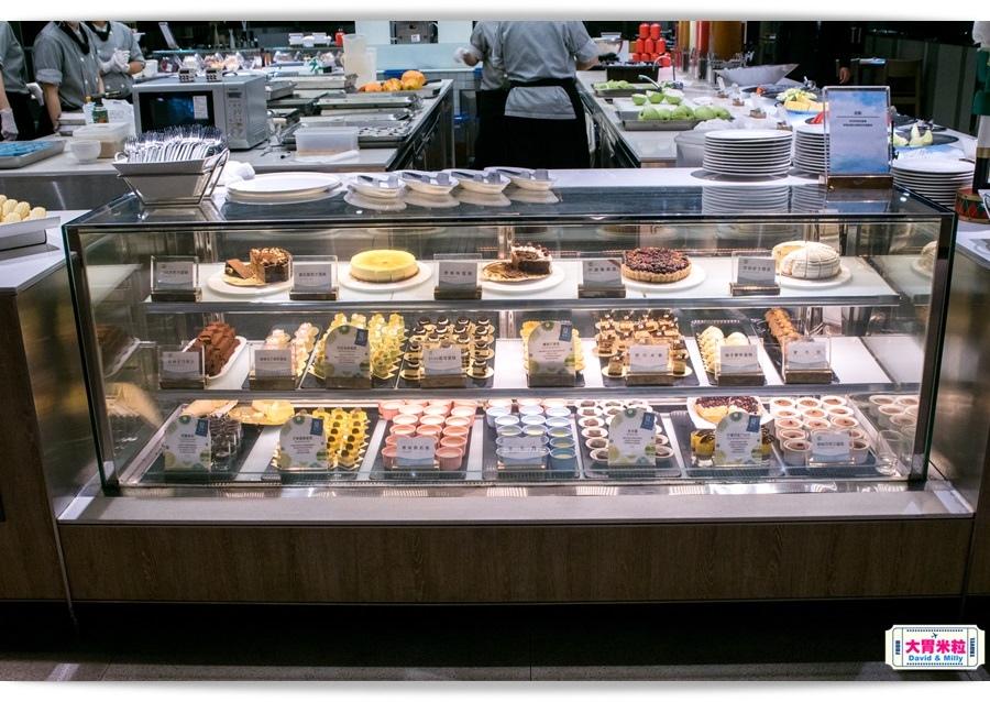 buffet080.jpg