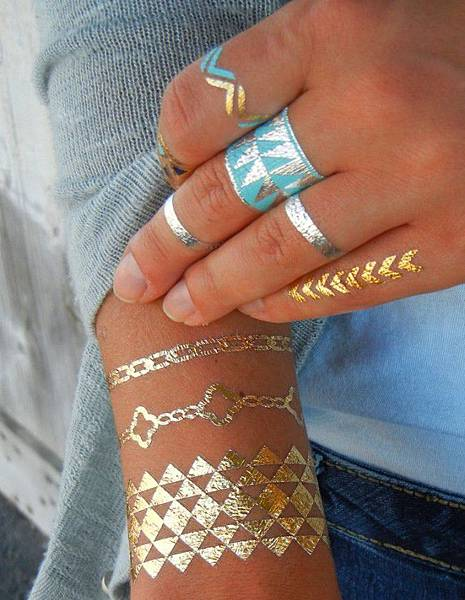 thefemin-metallic-temporary-tattoo-34-650x840.jpg