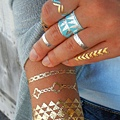 thefemin-metallic-temporary-tattoo-34-650x840.jpg