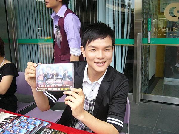 賣人氣王cd